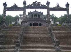 9-DAY HERITAGE VIETNAM TOURS